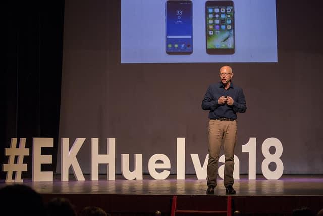 El psicólogo Guillerm Recolons habla en Huelva gracias a la Fundación Cajasol